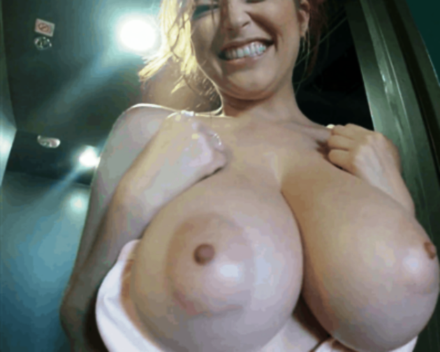 boob-bounce