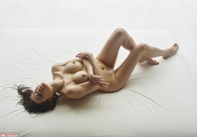 busty-kloe-exposes-her-smoking-hot-body-11